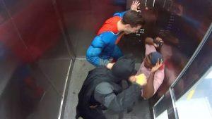 Prank: Superman VS Batman
