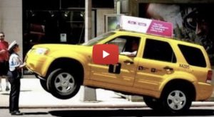 [PRANK] Strong Parking Attendant Lifts Taxi