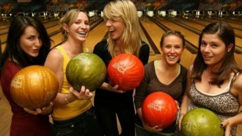 Funniest bowling falls
